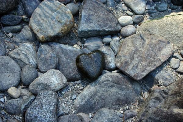 heart stones Portone Pallatin Flikr